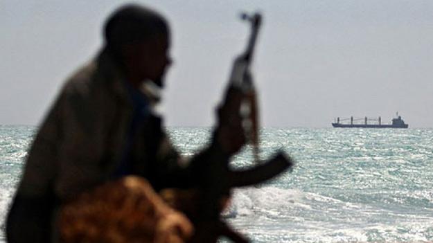 Безпеку торгового флоту Японії забезпечать збройні приватні охоронці