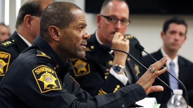 Шериф американского штата призвал сограждан научиться стрелять
