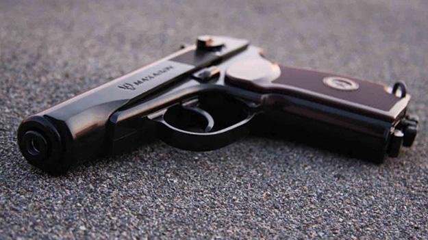 Огляд страйкбольного пістолета Макарова