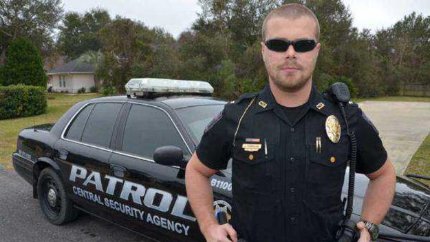 Власник ПОП у Флориді руйнує стереотипи про охоронців