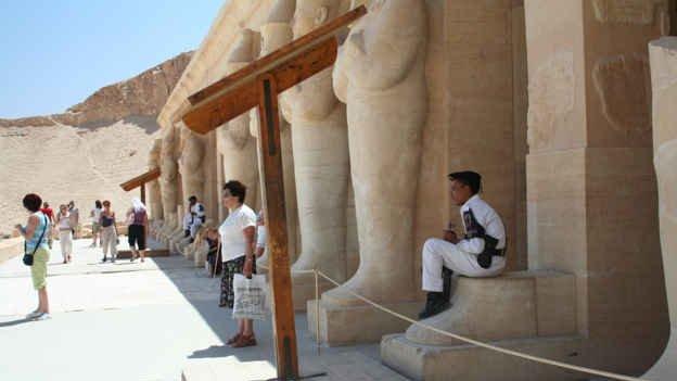 Відсутність дієвих законів призвела до хаосу в охоронній індустрії Єгипту