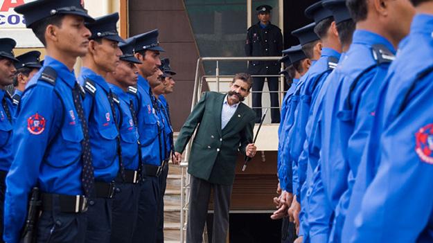 Topsgrup - індійська охоронна компанія, що працює за принципом служби порятунку «911»