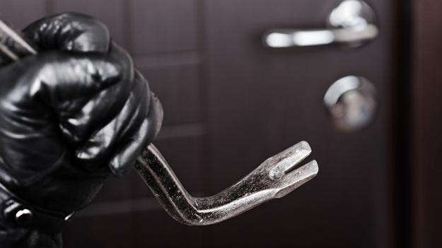 Деякі особливості забезпечення безпеки житла на час свят