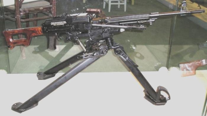 По опыту Второй Мировой войны советские Пулемет Калашникова ПК ПКС ПКТ