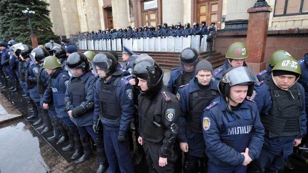 МВД Украины создает новые спецподразделения милиции по всей стране