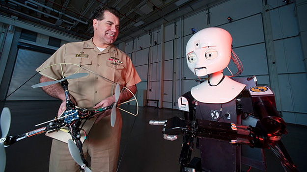 Роботи-пожежні, роботи-сапери і безпілотні «кажани» на службі ВМС США