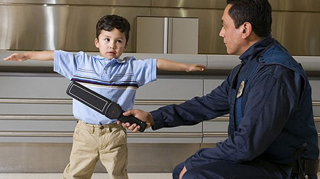 У Каліфорнії адміністрація шкіл планує сформувати власну службу безпеки