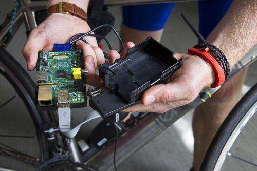 Експерт з питань безпеки продемонстрував, наскільки користувачі Wi-Fi уразливі перед хакерами